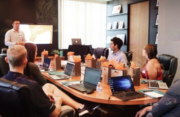 organisational-success-meeting